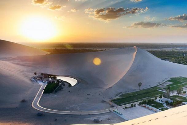 """中国""""用钱砸出来""""的景区,耗资40亿,游客:假的自然奇观?"""