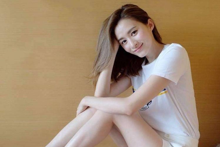"""她被称为""""TVB最美女配"""",前任男友都是富豪,35岁如愿嫁入豪门"""