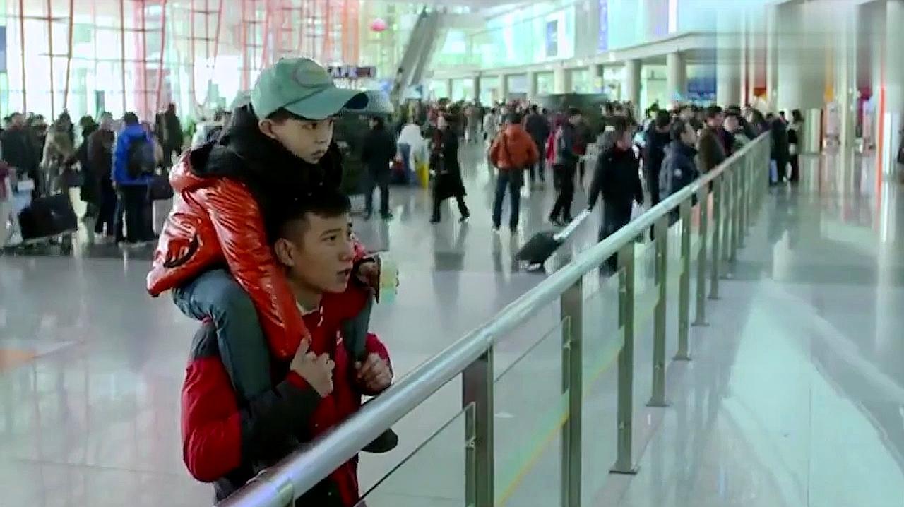 小爸爸:苦尽甘来!于果向李三妹求婚,还让儿子帮忙!