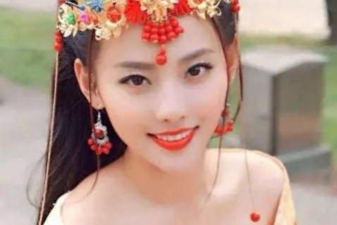 张嘉倪被富二代老公极致宠爱,背后却是这样的豪门生活!