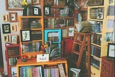 带你参观郑爽的豪宅:卧室不装床直接睡地板,书房精致又充实