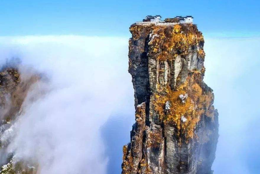 我国著名的古佛道场、人间洗洁灵魂的圣地——梵净山