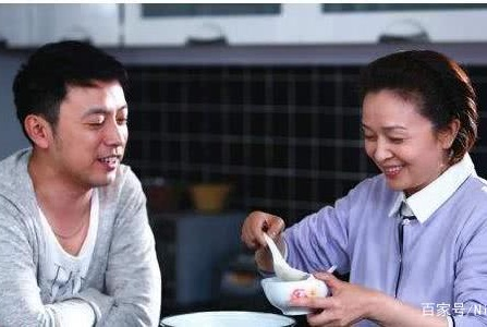 妈宝男:妈我已经长大成人了,你就放手让我去过自己的生活吧