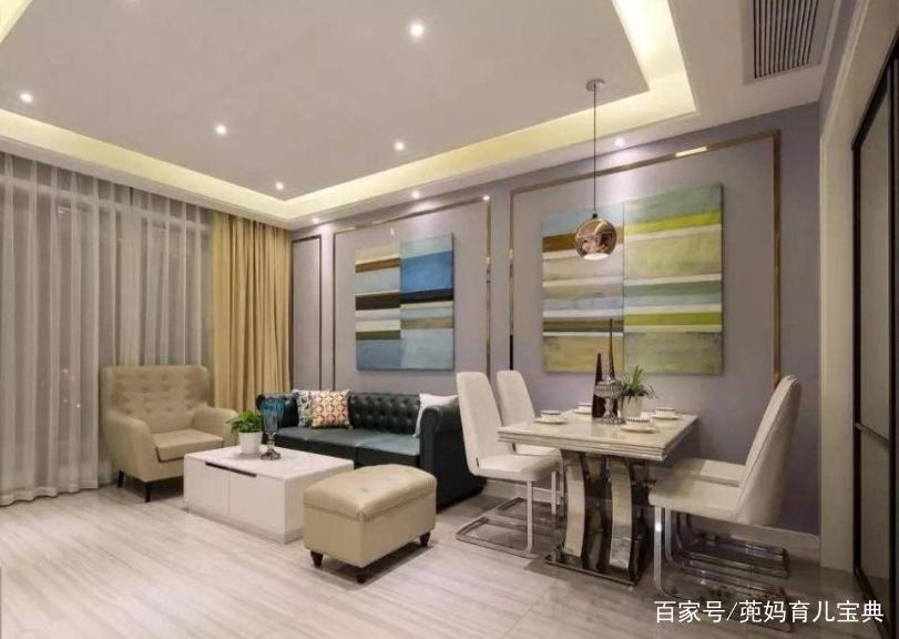 餐厅背景墙与客厅沙发墙连贯一体,显得和谐雅气.