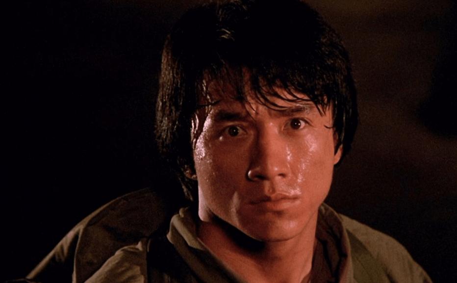 出演《醉拳2》走红,却和成龙李连杰闹翻,现离世五年仍图片