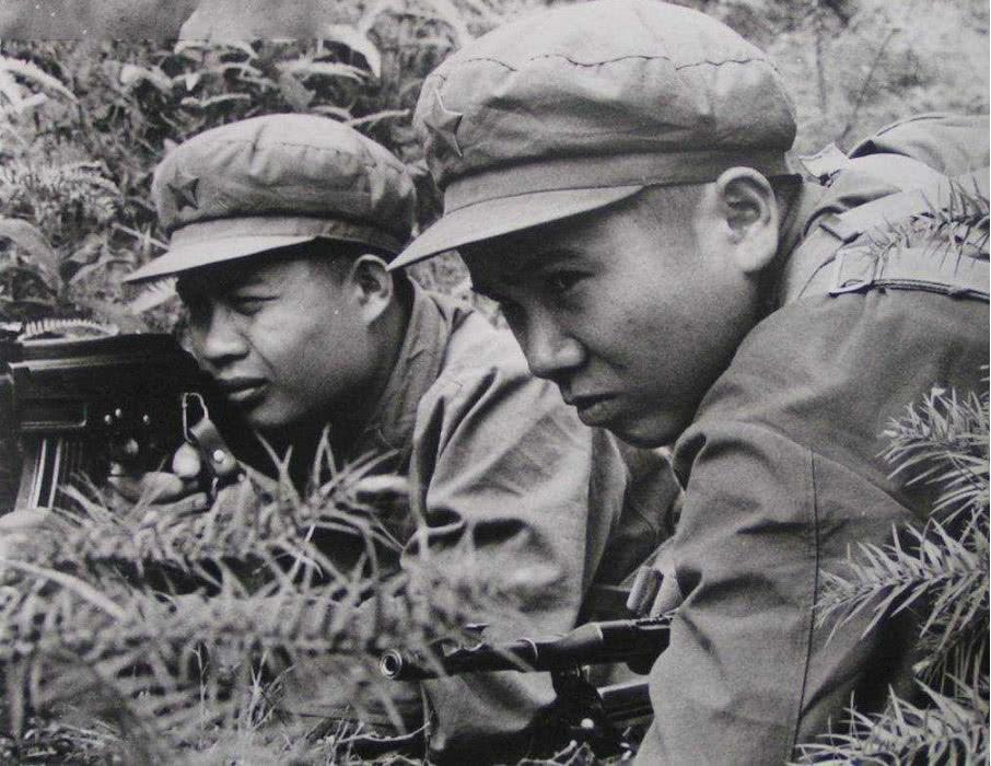 冲锋号一响,越军以为解放军要冲锋,结果将火力点统统暴露