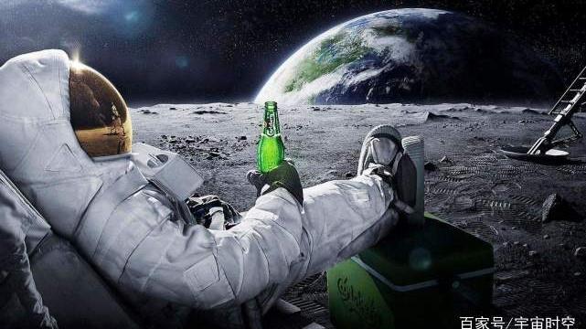 如果一个人来到月球背面,他是先窒息而死还是先冻死?