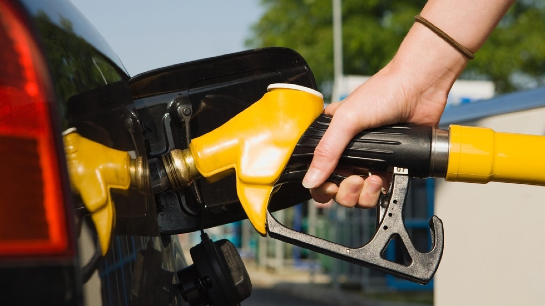 一升汽油等于多少公斤?大概是这个重量