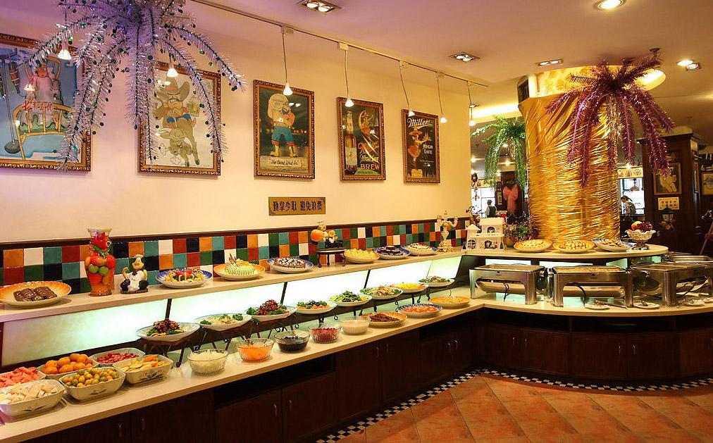 中国自助餐在英国大受欢迎,生意相当火爆,当地人:太划算了!