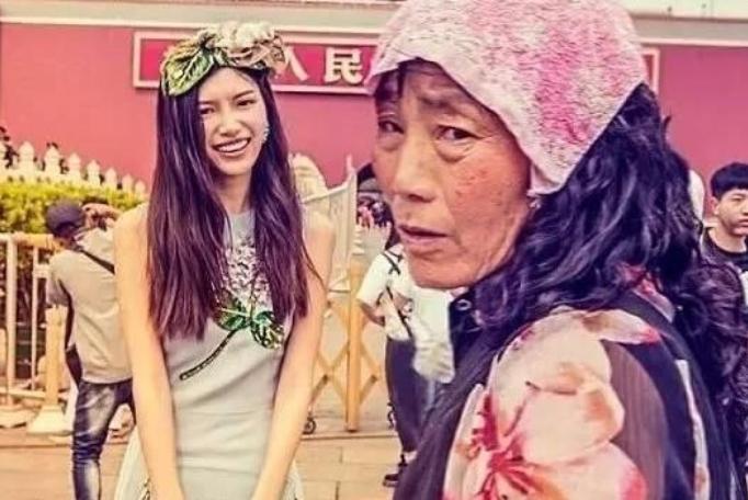 丑化中国模特,继DG后又一品牌辱华?雀斑引起了中国人的审美不适