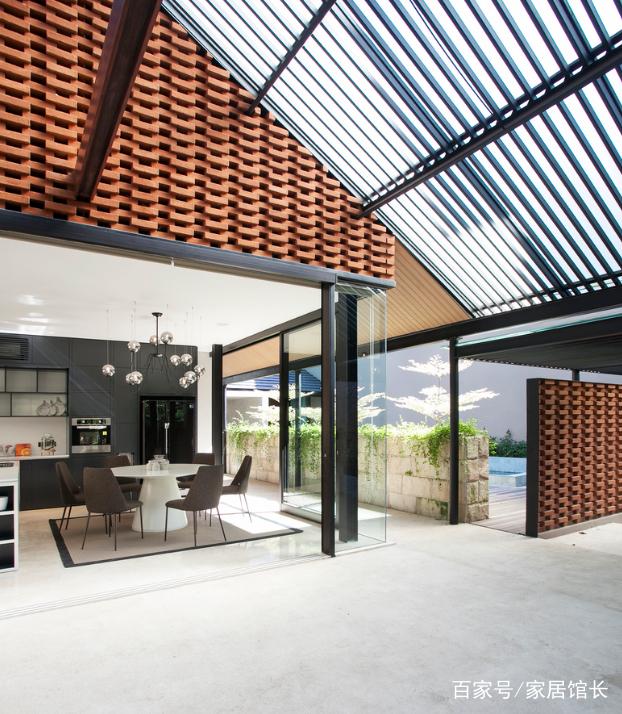 家居:钢结构坡屋顶别墅和红砖搭配也很美!农村自建房