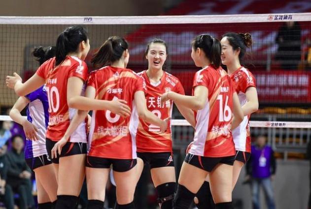 超高评价!天津女排前队员称李盈莹进攻仍无解 江苏女排输在两点