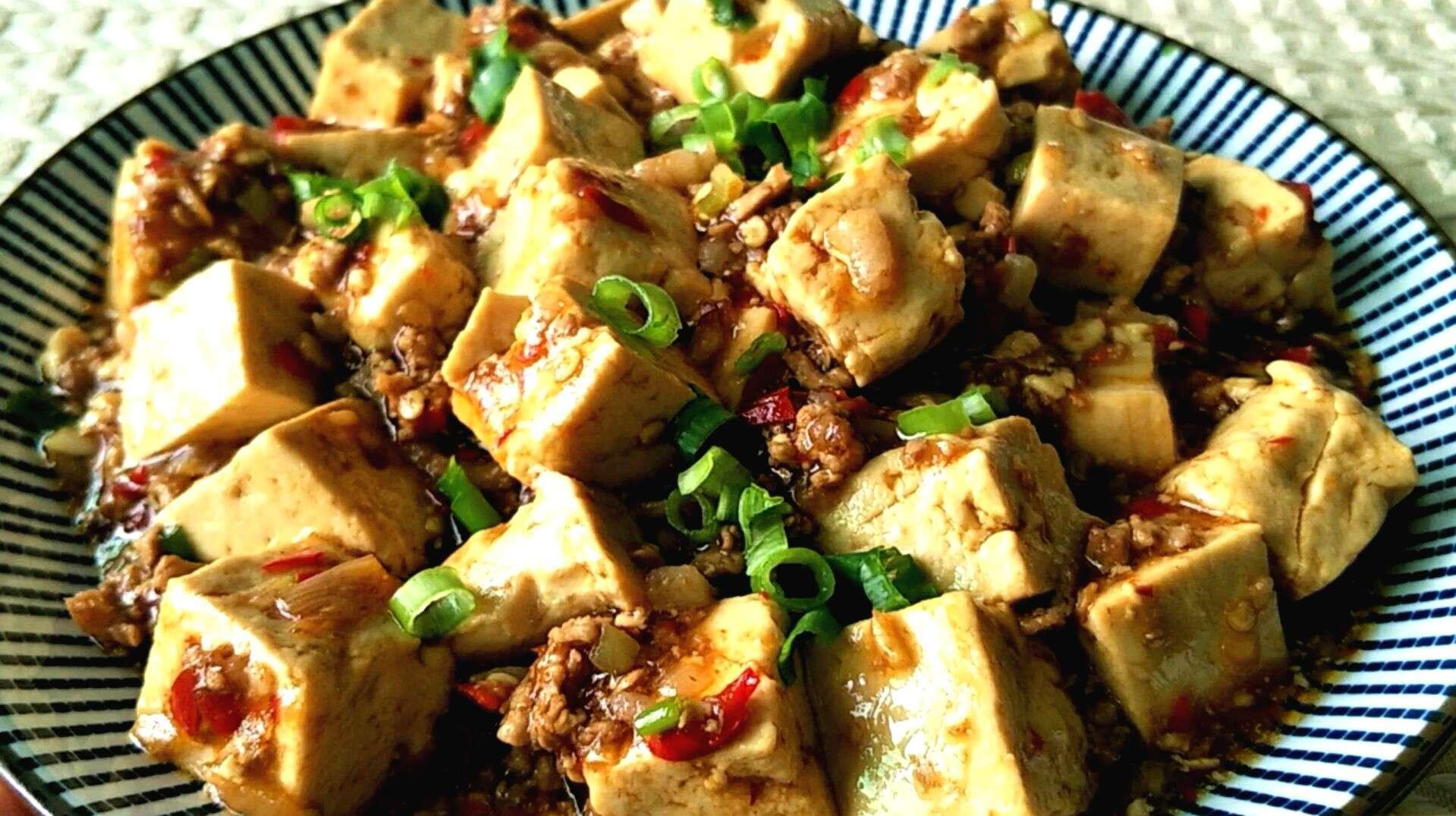 豆腐里加上它,味道提升一半,比红烧豆腐麻婆豆腐都好吃,超下饭