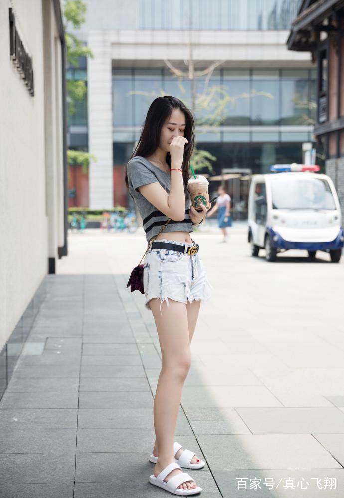 连衣包臀裙夏