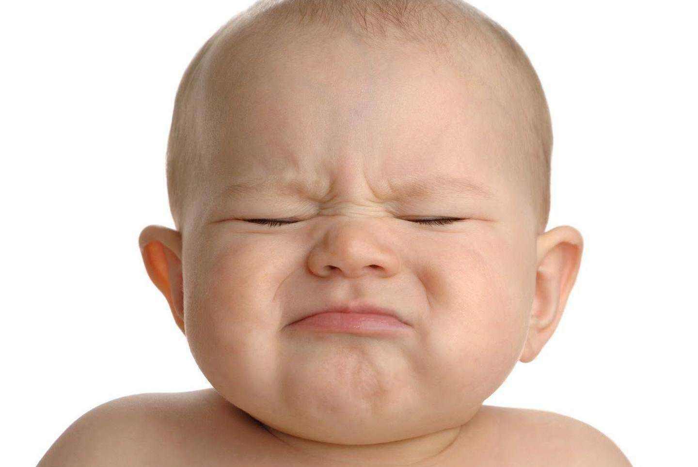 6个月以内的宝宝能喝水吗?医生告诉你答案,宝妈们可别做错了