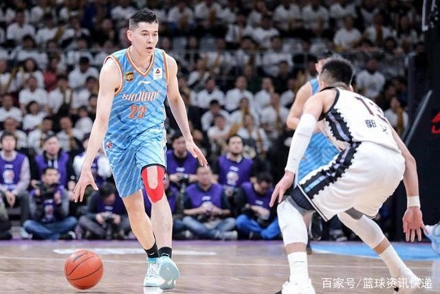 新疆男篮晋级总决赛稳了?多次防守断电让辽宁看到翻盘希望!
