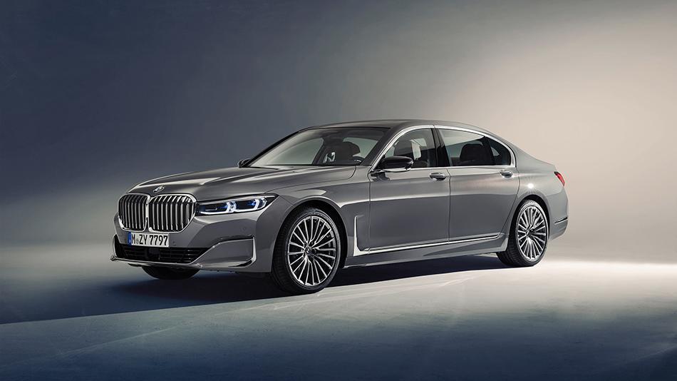 新车资讯2020款宝马7系旗舰级轿车,动力更加强劲,格栅