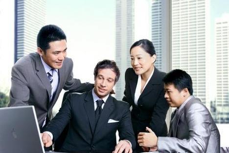 职场上,这几种类型的朋友圈尽量少发,领导看见了可就要生气了