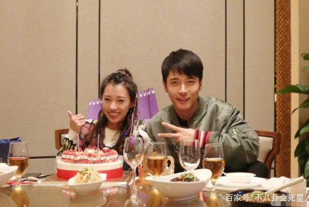 打脸了?张丹峰曾出书秀恩爱:是一个唯老婆最大的好丈夫