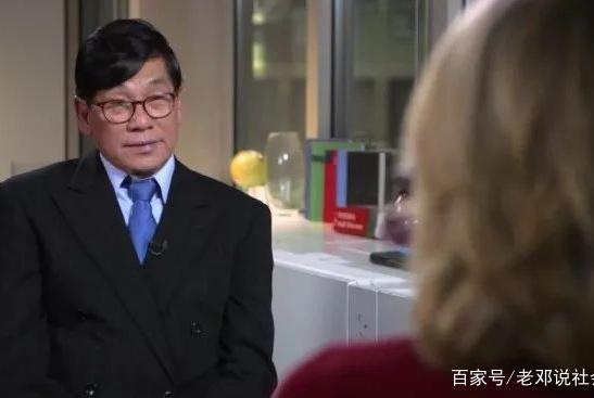 两年了!被美联航暴力拖下飞机的华裔首次发声,获赔10亿?真相是…