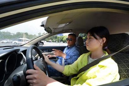 从驾校出来后的几个坏习惯,会让爱车少活2年?你有没有这习惯?