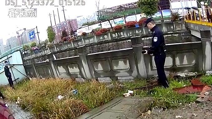 """杭州女子要跳桥,看民警怎么跟她""""谈心""""的"""