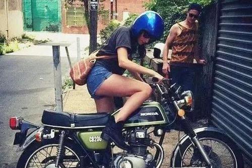 摩托车打不着火咋办?老司机教你一招,一次就成功,屡试不爽!