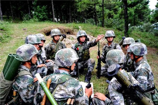 中国第一次召回退伍军人,5700万老兵义无反顾,美媒:中国真强