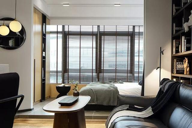 裸婚5年终买房!45㎡小房现代风装修,阳台改卧室,下沉式玄关