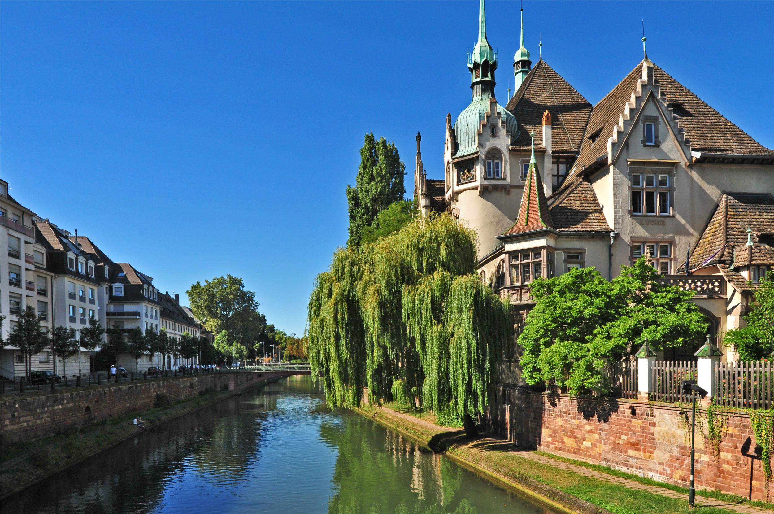 今日介紹6張城市風景美圖:古典城堡,悠久的歷史,你