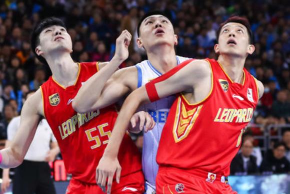 深圳客场连克北京,主帅总结两个胜因,雅尼斯直指球队问题