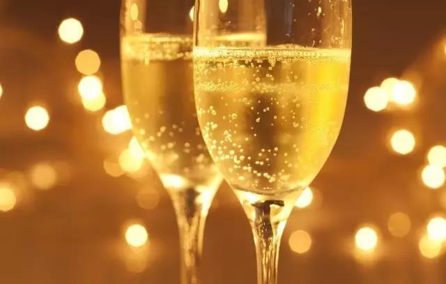 葡萄酒分类及定义知识