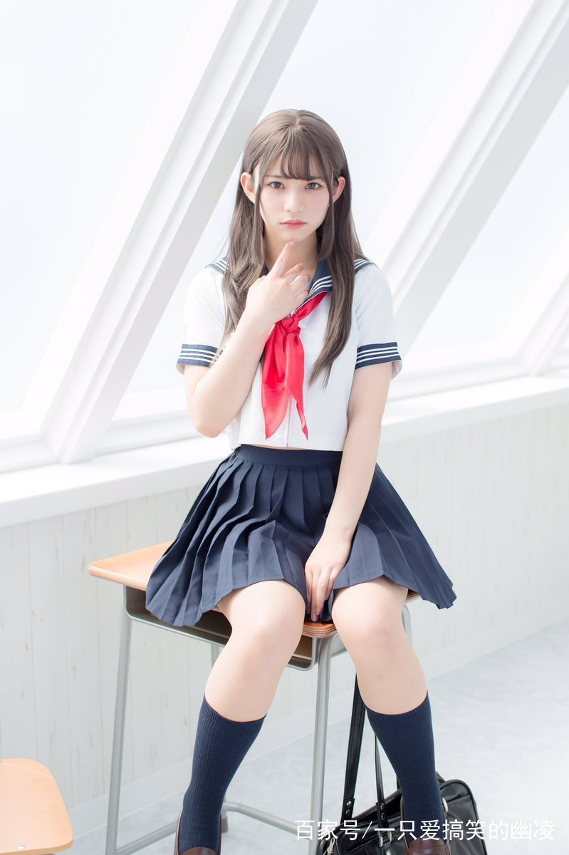 美图摄影:天使一般的jk制服少女,我想我恋爱了