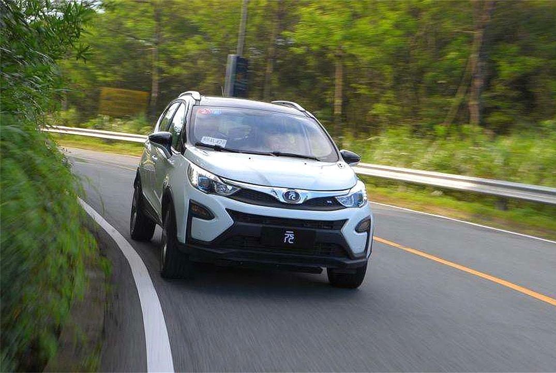 一辆售价10万的新能源车,利润有多大?听厂家一说,车主们放心了