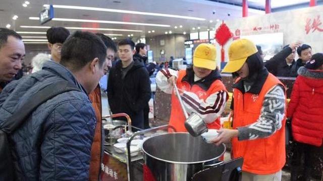 今天武铁各站多车举办元宵活动 20日至22日迎来节后第二波客流高峰