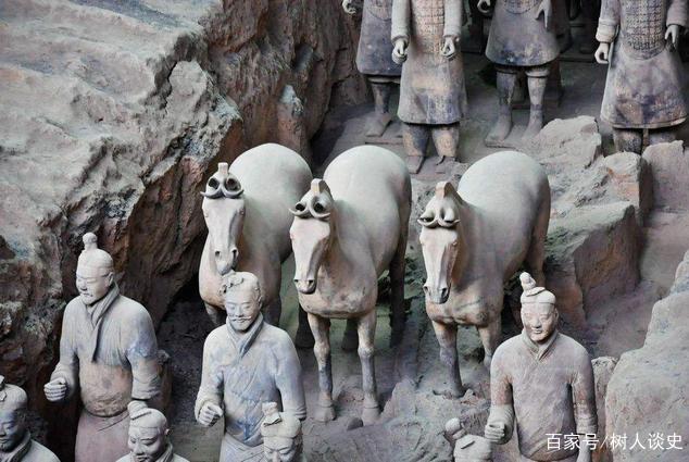 专家找秦始皇祖先陵墓几年没找到,却被农民抢先发现,你说气人不