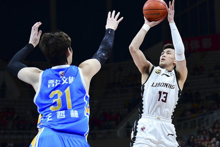 郭艾伦25+6+8,辽宁主场再胜福建夺赛点,王哲林24分9篮板