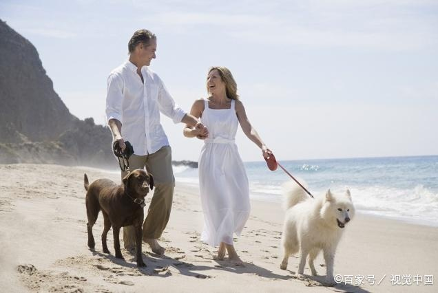 不管你是未婚,已婚还是离异,赚钱都比男人重要