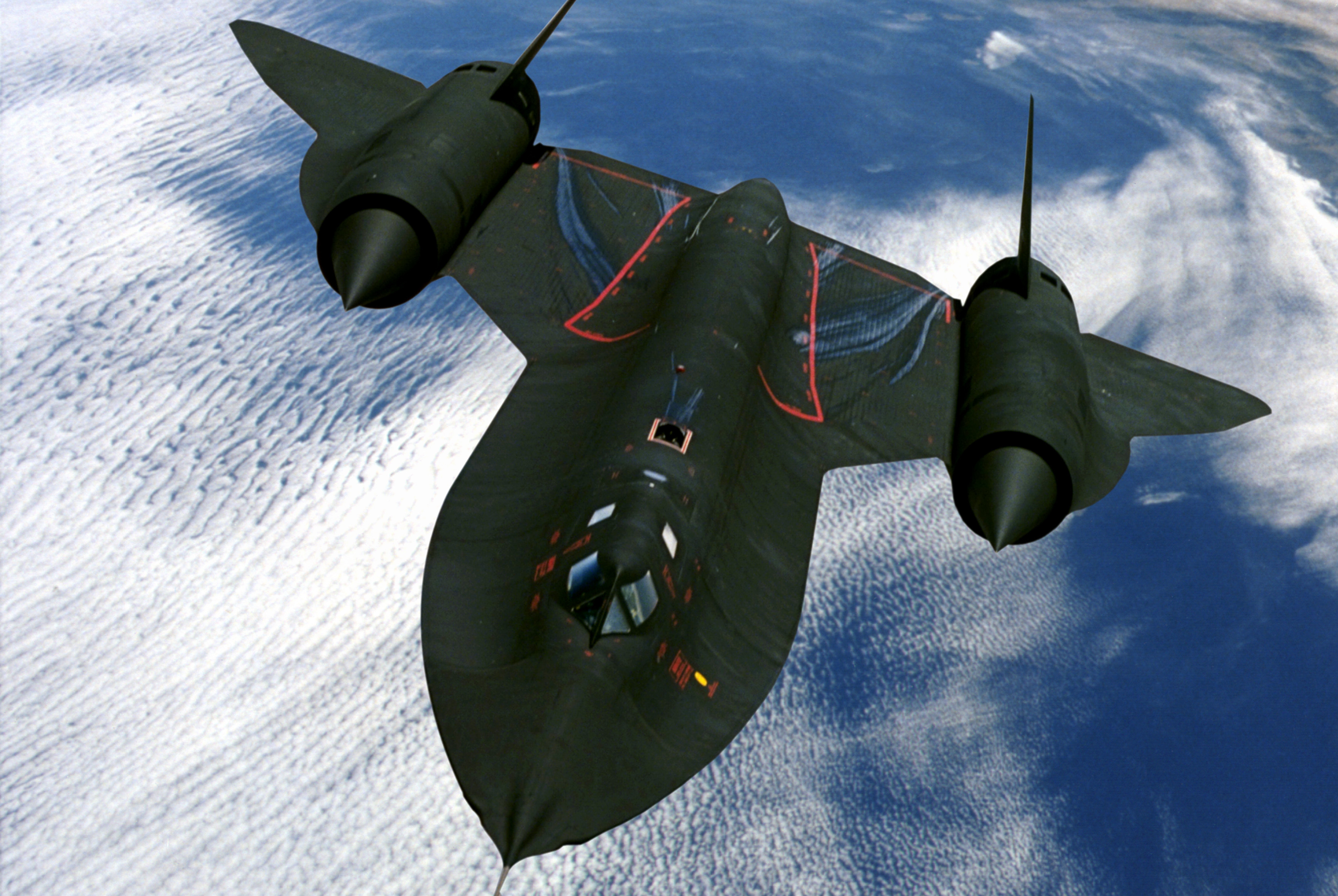 """被过度神话的SR-71""""黑鸟""""侦察机,真的无法被击落吗?"""