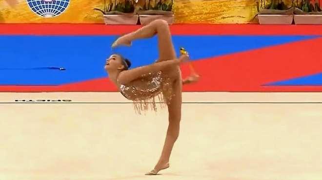 精彩回顾-俄罗斯美女完美演绎艺术体操,告诉你什么叫实力!