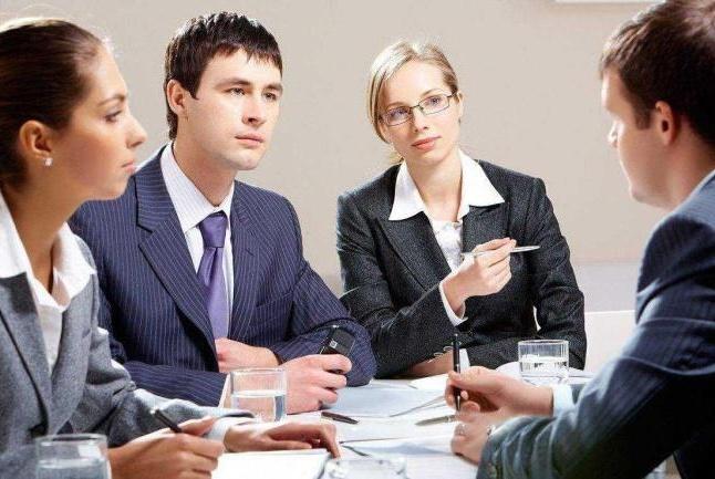在职场中,如果与同事发生矛盾该如何处理?