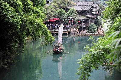 湖北宜昌游三峡人家,赏民俗风情,当地人十分热情,风景