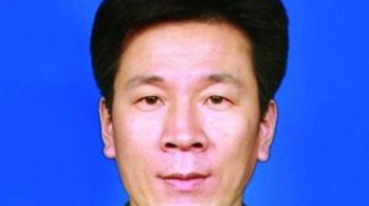 """""""消防烈士刘宏坤"""":魂归故里,山东滕州十万群众洒泪相送!"""