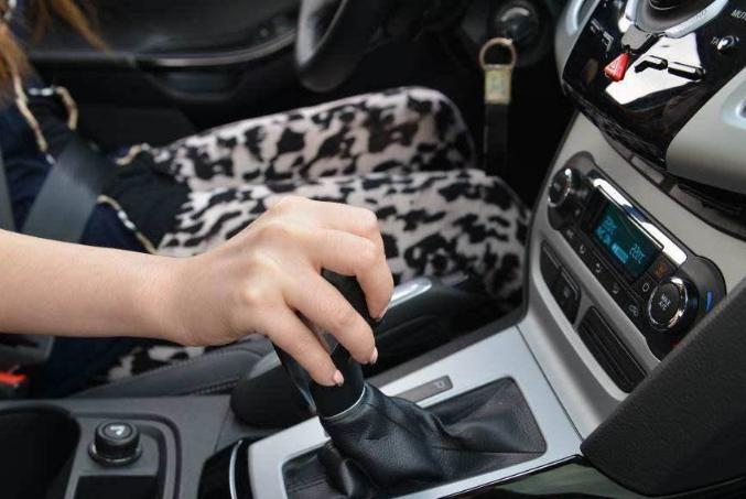 为啥现在考C2驾照的人越来越多?老司机:等到清明节你就知道了