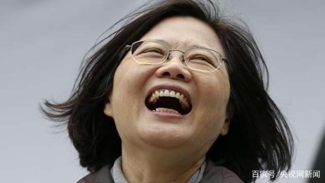 """蔡英文怕被解放军导弹瞄准 """"以武拒统""""出怪招 结果被笑掉大牙"""