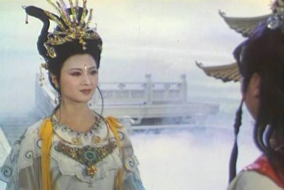 荣宁二国公想警醒宝玉,可惜找错了人,警幻仙子之举最终适得其反