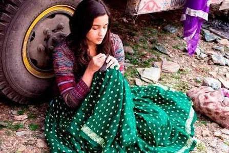 印度高速路旁的落魄贫困少女,10元一次,每天最少服务数十人!