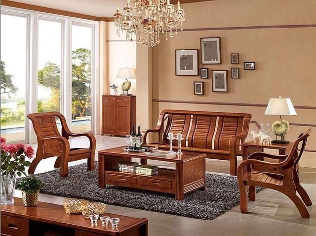 新房装修,买实木沙发好还是买布艺沙发好?听听内行人怎么说