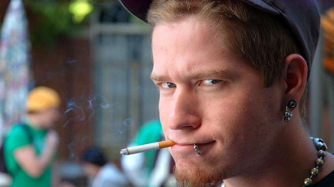 为何军队不禁烟?不仅不禁烟,在战时还会成为军需供给