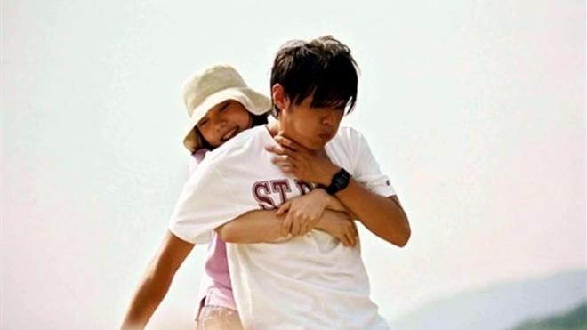 电影《头文字D》中跟周杰伦搭戏的铃木杏有人记得吗?还是那么美